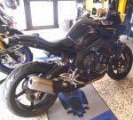 Yamaha MT-10 schwarz 2017 Seitenansicht rechts